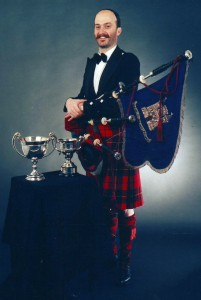 RW after winning the Bratach Gorm, Gillies Cup and overall at London 1989